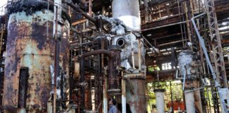 gas disaster India ut-of-court settlement