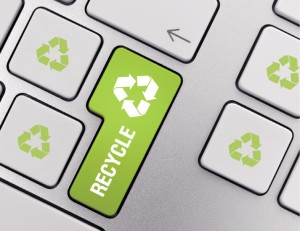 Green_recycle_computer