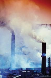 智利一家工厂 智利新法规注重经济发展中的环境问题
