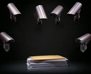 如何防止调查过程中获得的敏感信息遭披露是关键问题之一。