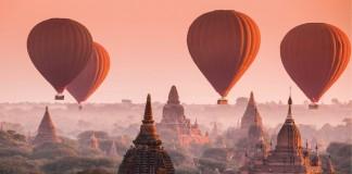 Hot_air_balloons_over_Myanmar