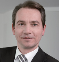 THOMAS KRIZAJ 菲谢尔律师事务所管理律师 Managing Associate VISCHER