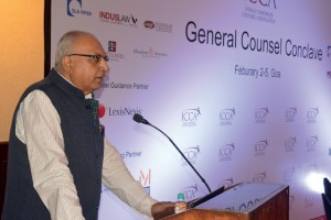 LEFT: ICCA president Ashok Sharma addresses the conference; ABOVE: General counsel guests at the Goa resort retreat.
