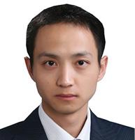 Yu Li Associate Zhong Lun Law Firm