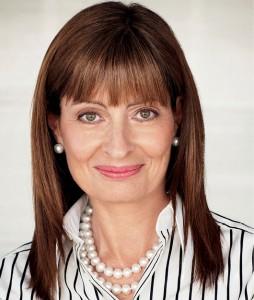 Sue KenchGlobal managing partnerKing & Wood Mallesons