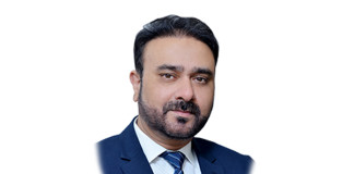 Aman Abbas launches Commwiser