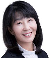 张青华 ZHANG QINGHUA 天达共和律师事务所合伙人 Partner East & Concord Partners
