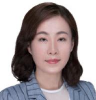 石易 SHI YI 中伦律师事务所非权益合伙人 Non-equity Partner Zhong Lun Law Firm
