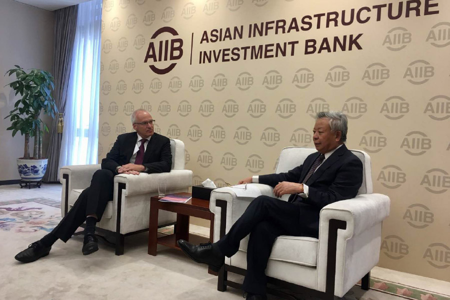 Professor Georg Nolte meets with AIIB President Jin Liqun to discuss the importance of the rule of law in both the effectiveness and mandate of multilateral development banks such as the AIIB.