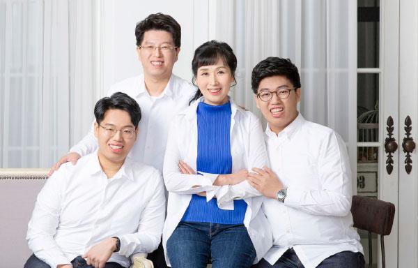 김새윤 변호사와 가족