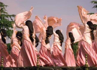 轻舞飞扬 证券市场法律舞者的梦想 Dancing breezily along- dreams of China's capital markets lawyers