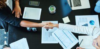DLA heads for full merger, 欧华与澳洲联盟所合并