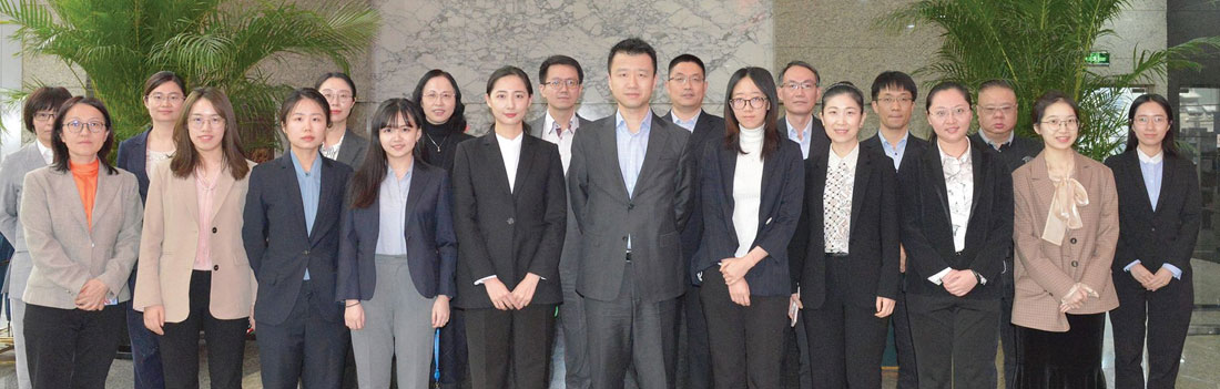 China-National-Oil-Gas-in-house-counsel-team