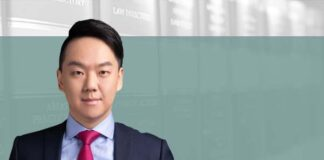 How to meet the challenges in the medical representative 2.0 era, 如何应对医药代表2.0时代的挑战, Calvin Lee, Partner, AllBright Law Offices
