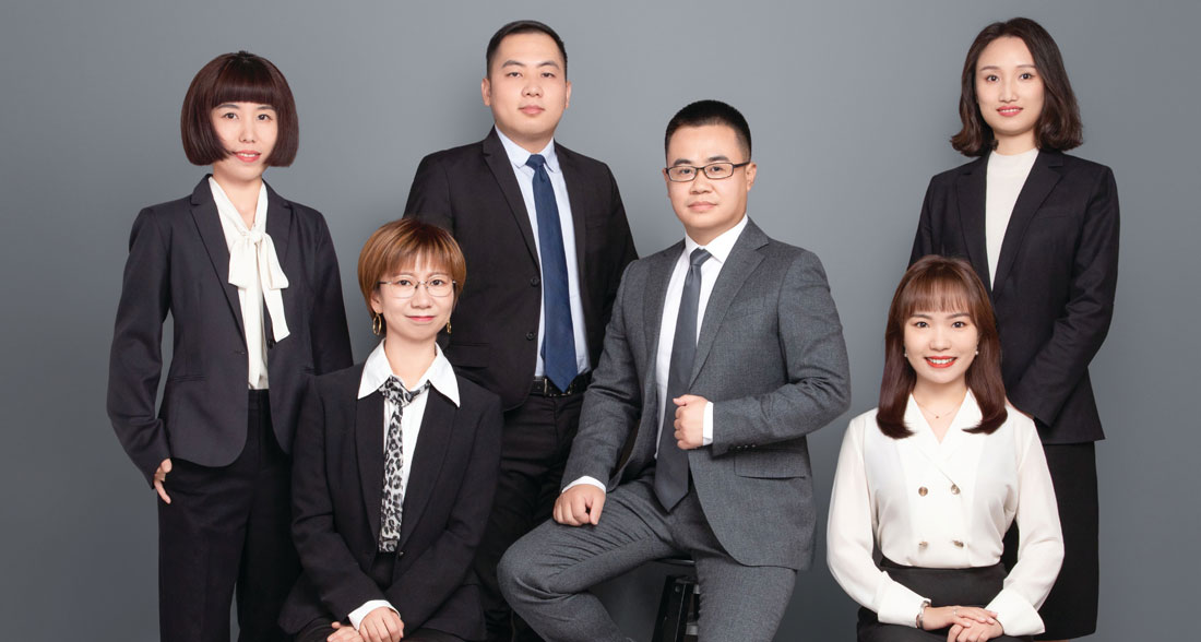 SDIC-Re-in-house-counsel-team