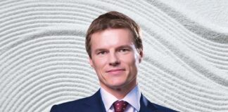 SPACS and traditional IPOs- an offshore perspective, 从离岸视角看SPAC交易与传统IPO, Anthony McKenzie, Carey Olsen