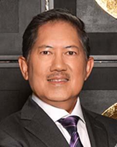 Raoul Angangco, Senior Partner, Email-rr.angangco@thefirmva.com